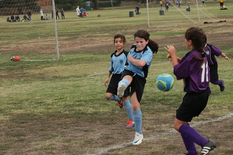 Soccer2011-09-17 10-13-24.JPG
