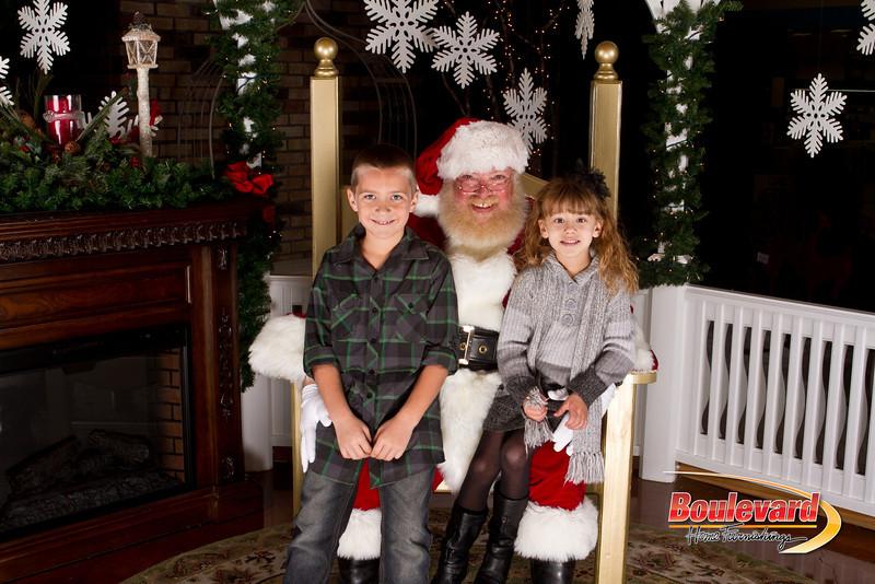 Santa Dec 15-263.jpg