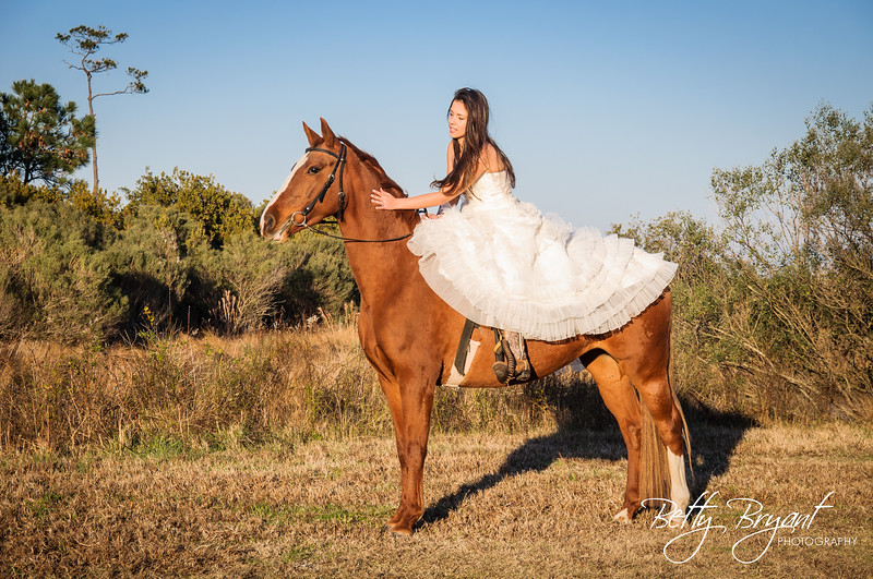 Trash the dress Kaisha-3.jpg