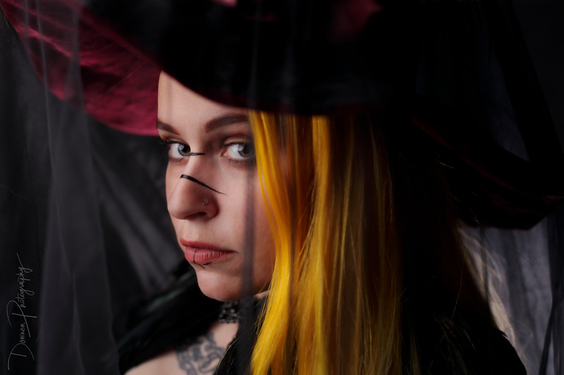 mel-the-witch-2.jpg
