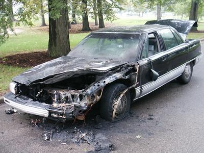 Burnt car on Recreation Drive