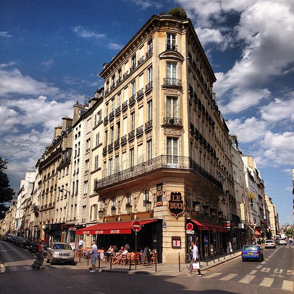 Parisian wedge and sky, Saint-Germain. Coincidentally devouring a bowl of mussels around the corner. #livingthemoment