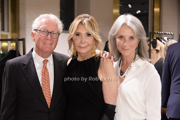 Cheri Kaufman & Max Mara  in partnership with the National Women's History Museum host an instore viewing  & dinner at Majorelle in NYC on 9-23-21.  all photos by Rob Rich/SocietyAllure.com ©2021 robrich101@gmail.com 516-676-3939