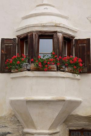 Windows of Guarda