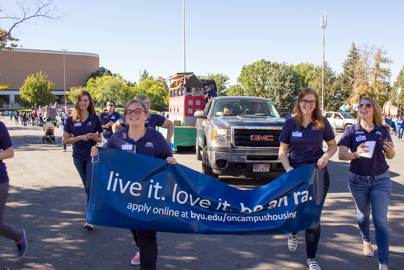 2015_10_10_Homecoming_Parade_7671.jpg