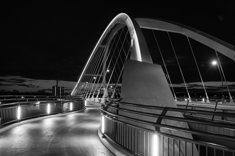 Lowry Bridge-Edit.jpg
