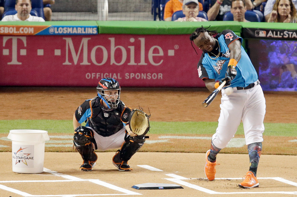 . Minnesota Twins\' Miguel Sano hits a home run during the MLB baseball All-Star Home Run Derby, Monday, July 10, 2017, in Miami. (AP Photo/Lynne Sladky)