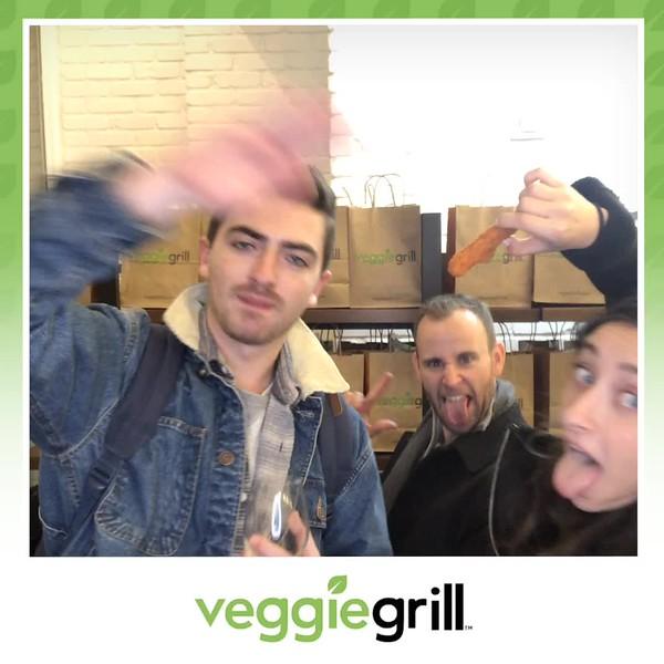 Veggie_Grill_Grand_Opening_boomerang_4.mp4
