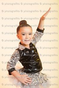 pk2416 Mia Valentina Parra
