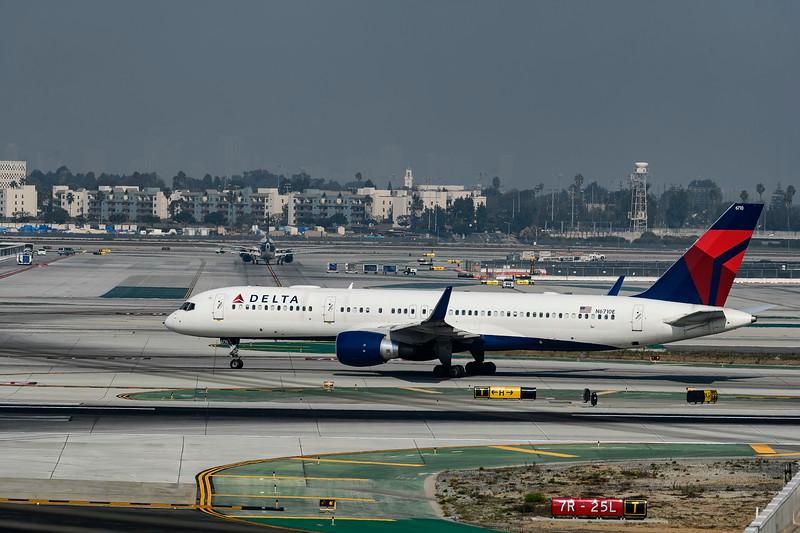 F20181111a110629_1770-BEST-LAX-Delta.jpg