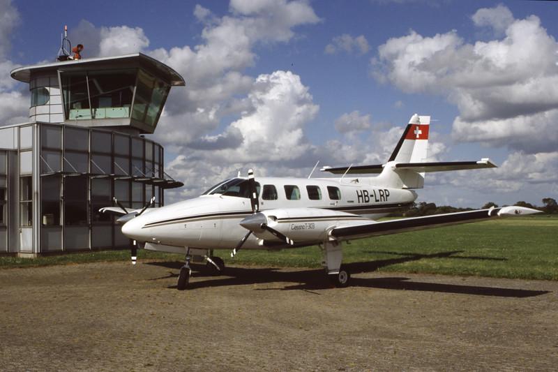 HB-LRP-Cessna T303 Crusader-Private-EKVD-1998-07-25-FF-39-KBVPCollection.jpg