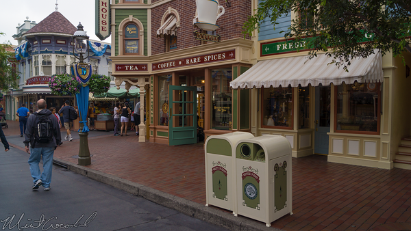 Disneyland Resort, Disneyland, Main Street USA, Recycle, Trash, Can, Liquid