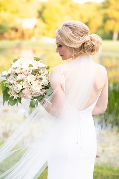 classic-bride-photos.jpg