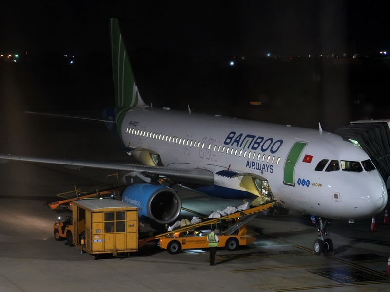 IMG_0575-bamboo-airways-to-sgn.jpg