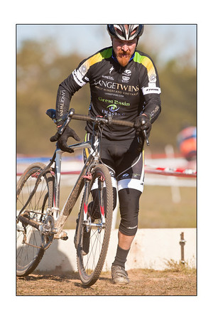 Lange Twins Winery - Cyclocross racing 12-03-2011