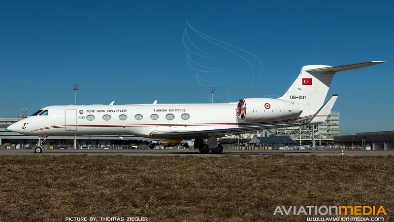 09-001_TuAF-VIP-Flight_G550_MG_3311.jpg