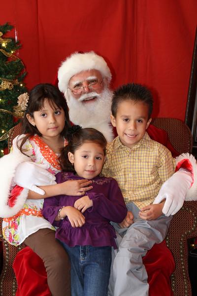 Santa Clause 27NOV2010-160.JPG