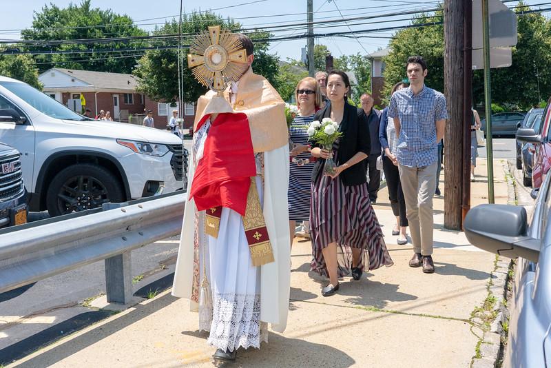 20190623_Corpus_Christi_Procession_NDNHP_016.jpg