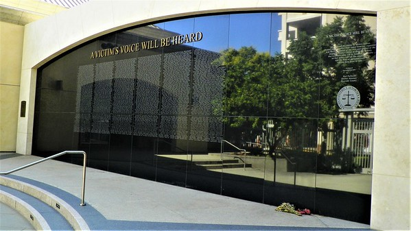 Riverside Murder Memorial