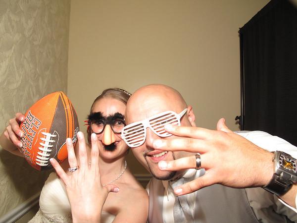 Elizabeth & Raed Wedding Photo Booth Video