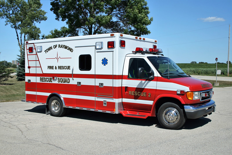 TOWN OF RAYMOND  RESCUE 2  FORD E -.jpg