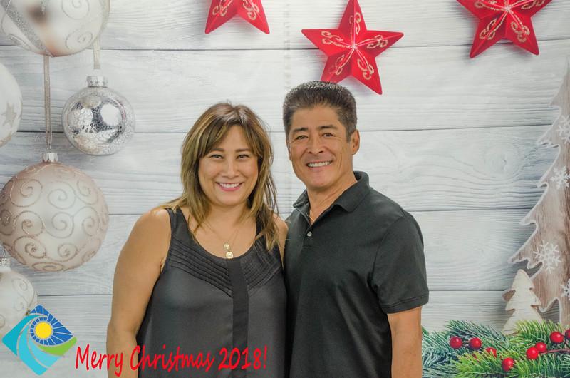 Christmas Photobooth 2018 Sunday-075.jpg