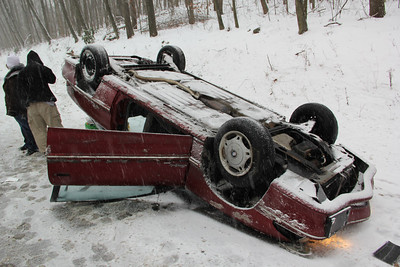 Overturned Vehicle, Lake Hauto Road, SR54, Hometown (12-29-2012)