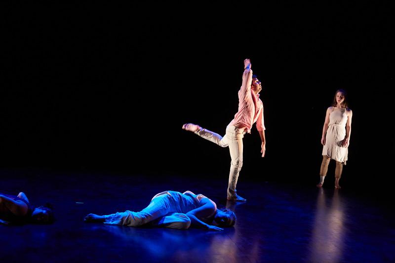 Kizuna Dance Tech Rehearsal241.jpg
