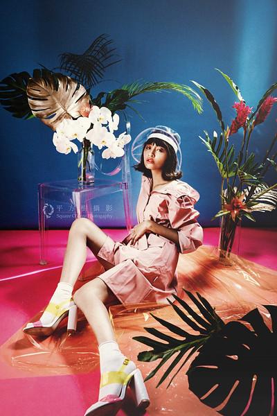 平方樹攝影   http://www.square-o-tree.com/     Square O' Tree   https://www.facebook.com/square.o.tree/  Modern Alice in Wonderland