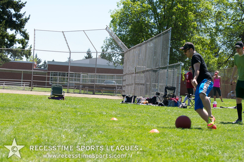 Recesstime Sports Leagues Portland Kickball Spring 2013 Dodgeball Bowling Ping Pong Mushball - 129