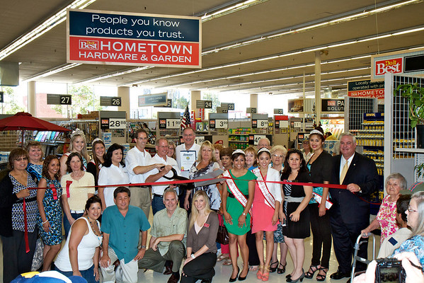 Downey Hometown Hardware & Garden Ribbon Cutting