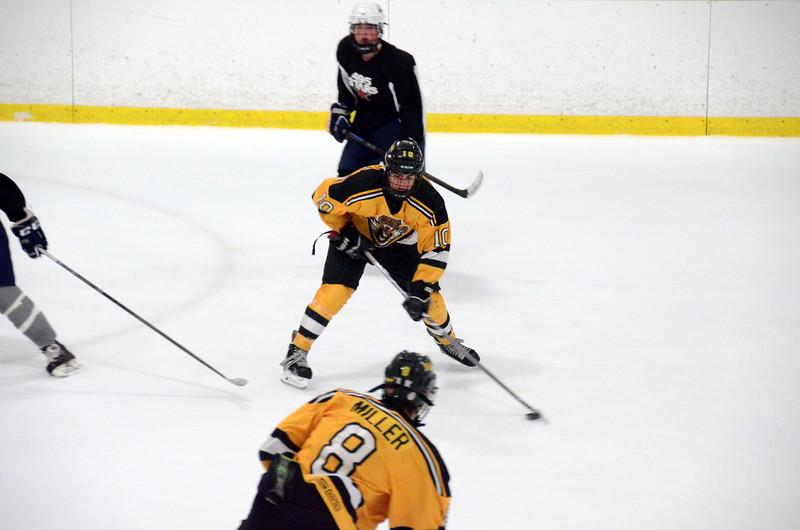 140913 Jr. Bruins vs. 495 Stars-159.JPG