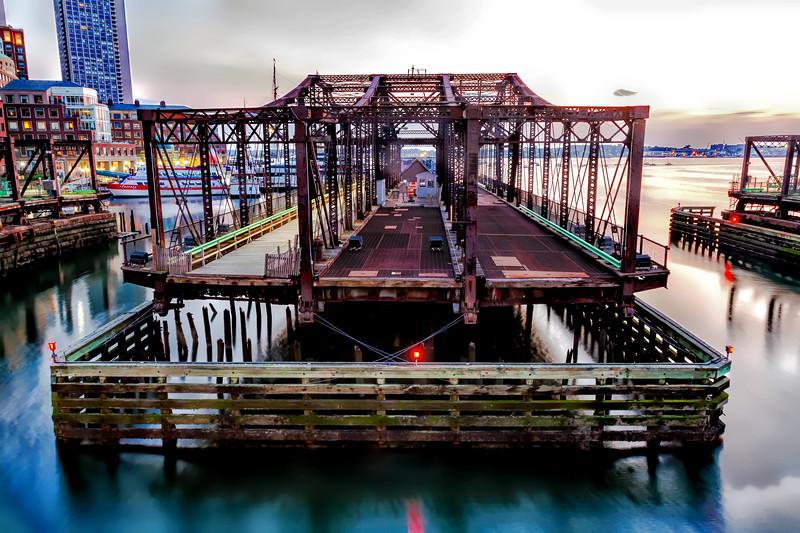 Northern Ave swing bridge.jpg