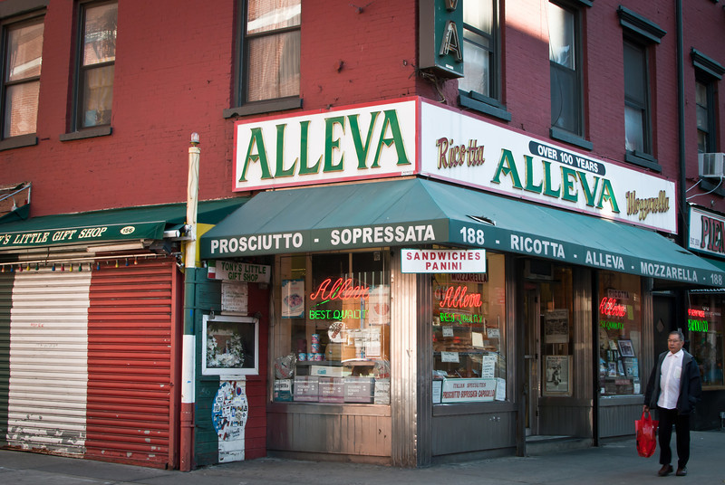 NYC 201211 Food Tour Little Italy Chinatown (13).jpg