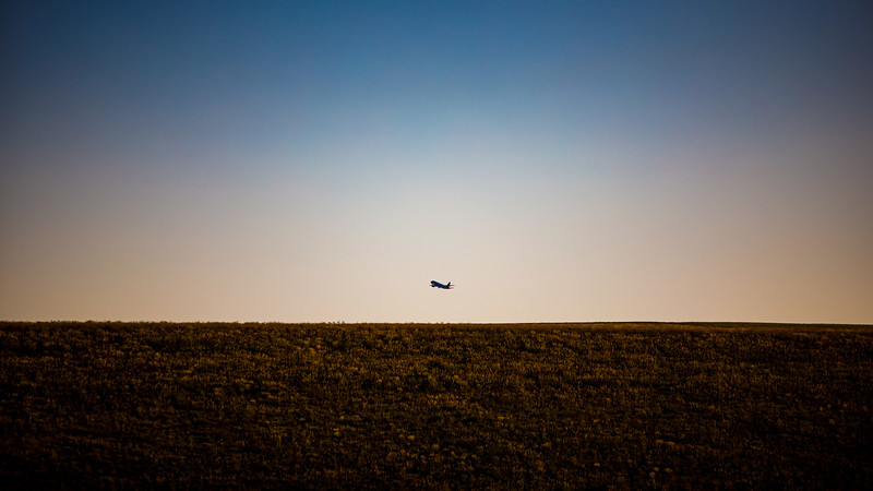 070920-plane_taking_off-001.jpg