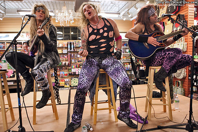 Steel Panther <br> October 6, 2009  <br> Newbury Comics - Norwood, MA <br> Photos By: Mary Ouellette