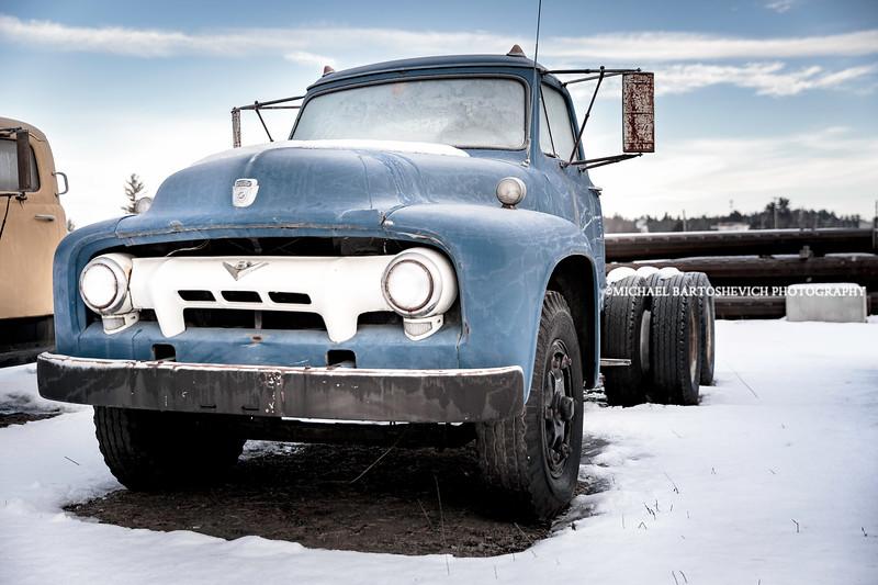 Ford 10 Wheels.jpg