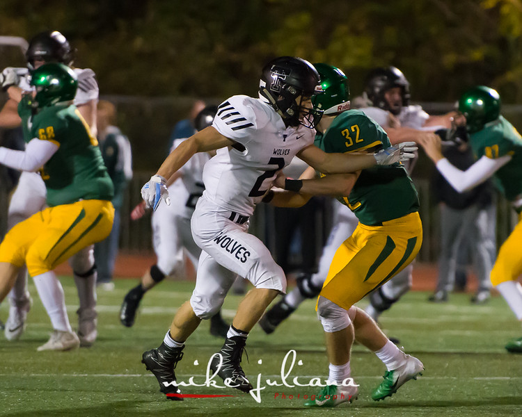 20181012-Tualatin Football vs West Linn-0456.jpg