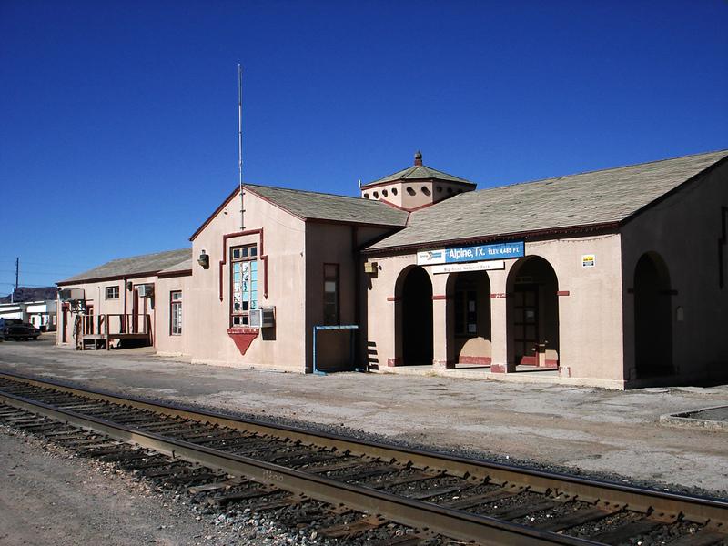 ALPINE TRAIN STATION