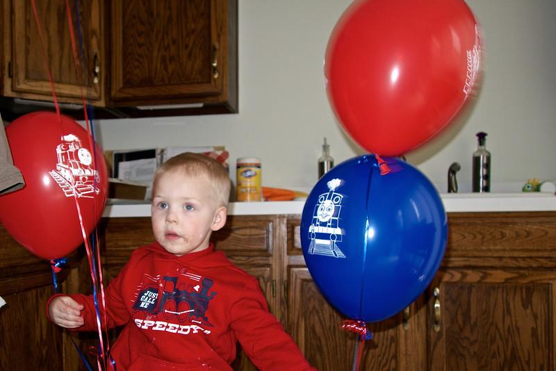 I love my train balloons