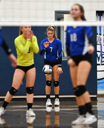 11/1/2019 Mike Orazzi | StaffrBristol Easterns Zoe Lowe (7) during Friday night's girls volleyball match with Lyman Memorial in Bristol. r