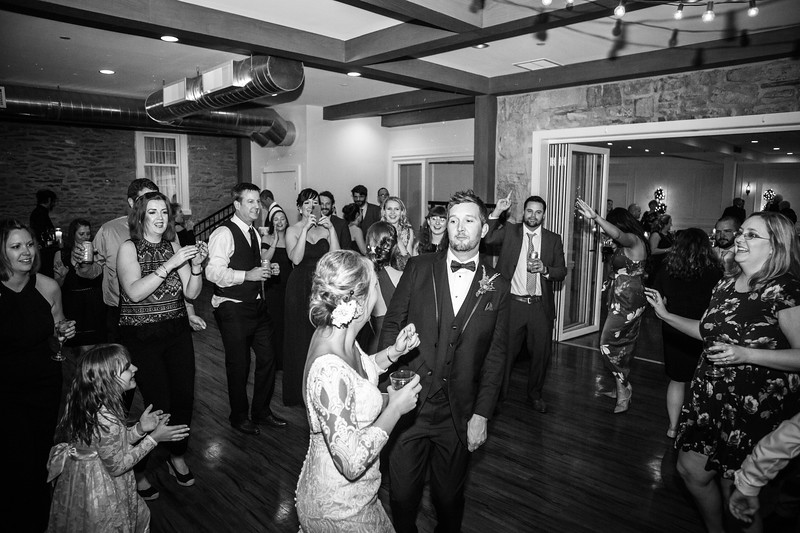 katelyn_and_ethan_peoples_light_wedding_image-837.jpg