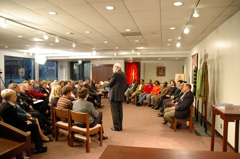 Scene from the November 21, 2010 ELCA Online Town Hall Forum with Presiding Bishop Mark S. Hanson.