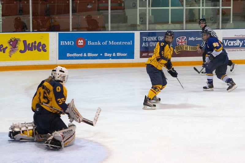 20130310 QWHockeyvsUBC 701.jpg
