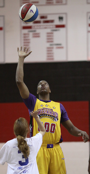 Harlem Wizards Allendale (34).JPG