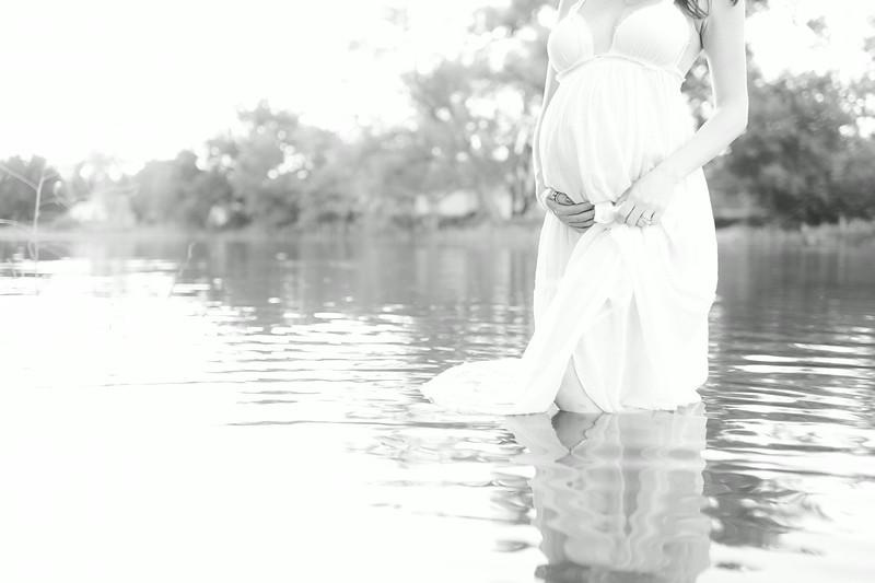Keesee Maternity ~ 8.2014-270.jpg