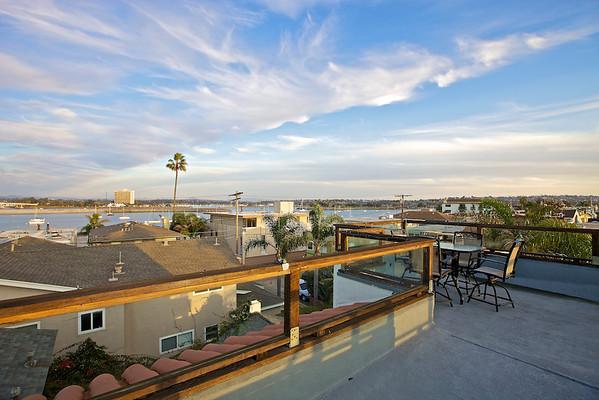 810 Deal Court, San Diego, CA 92109