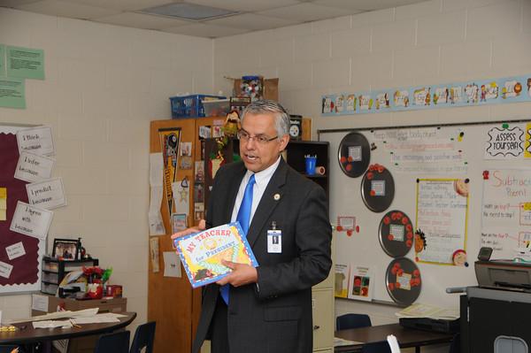 Dr. Cavazos Visits Mrs. Prechel's Class