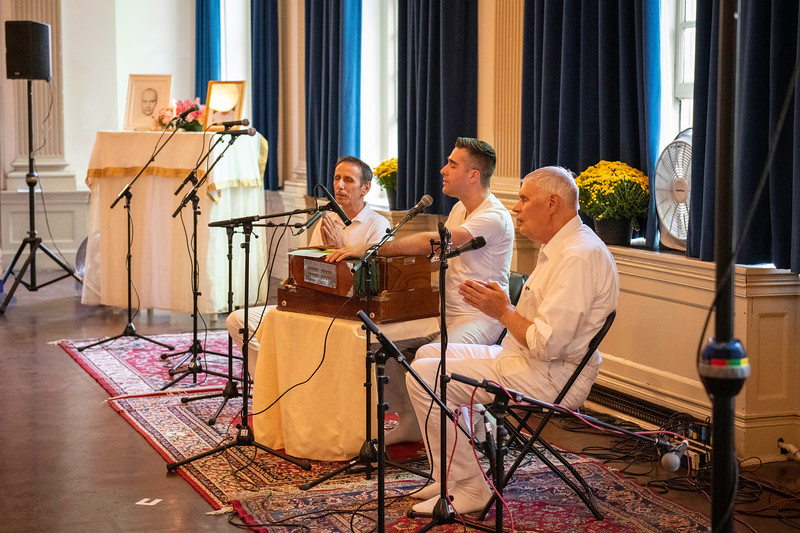20190929_Lets Meditate Philly_33.jpg