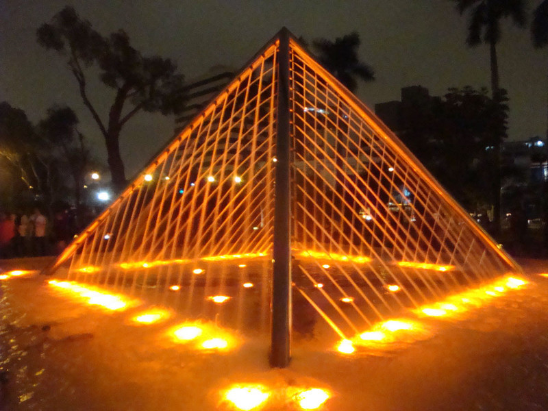 Fountain Park pyramid.JPG